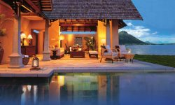 beachfront_luxury_suite_villa