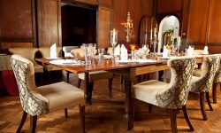 giraffe-manor-dining-room