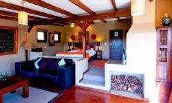 hog-hollow-country-lodge-room-interior2b