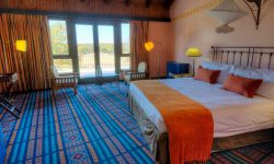 hwange_safari_lodge_bedroom