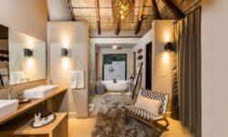 Little Bush Camp - Suite Bathroom