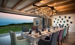 morukuru-ocean-house-dining-room
