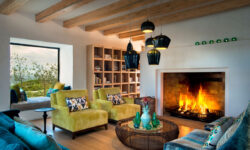 morukuru-ocean-house-lounge-with-fireplace
