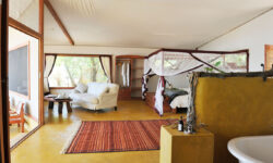 pb-safari-tent-with-bedroom