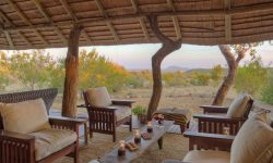 rhulani-outside-lounge1