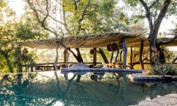 rock_pool_singita_boulders