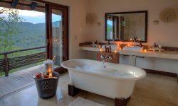 andbeyond-phinda-mountain-lodge-bathroom-south-africa-safari