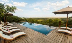 Rhino Ridge Safari Lodge (Umfolozi game Reserve)