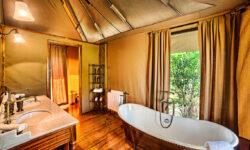 tent-bathroom-interior