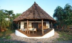 Matemwe-Lodge-guest-room-exterior