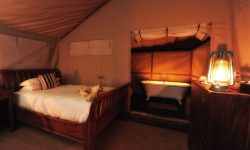 double_room_in_family_tent_with_bath_en-suite