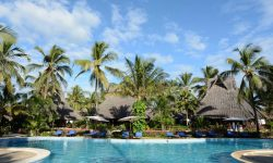 SWIMMING-POOL-AT-BREEZES-ZANZIBAR